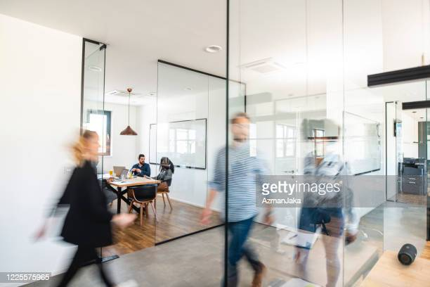 active business colleagues and the development of ideas - office stock pictures, royalty-free photos & images