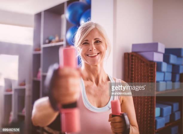 Mature Muscle Women Stock-Fotos Und Bilder - Getty Images-9127