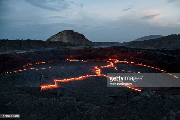 active volcano erta ale - mia magma stock-fotos und bilder