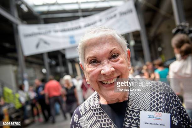 Activist Marta Sanchez Soler of 'Movimiento Migrante Mesoamericano' attend the Atlernative G20 Summit on July 6 2017 in Hamburg Germany Approximately...