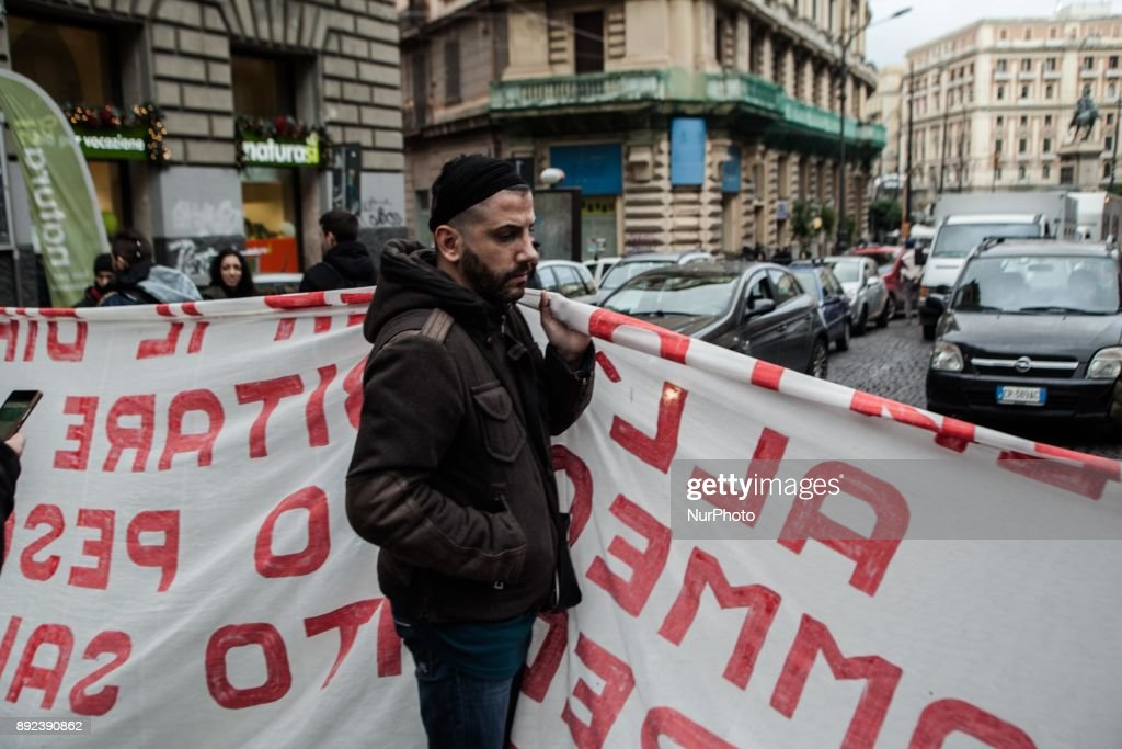 Families of Naples victims of the Bank eviction