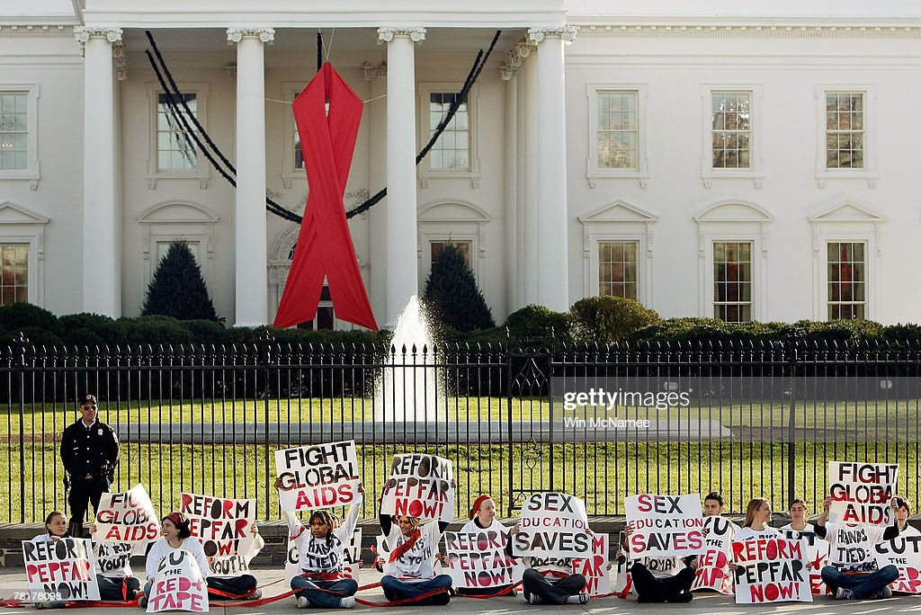 Protestors Flock To Washington Ahead Of World AIDS Day : News Photo