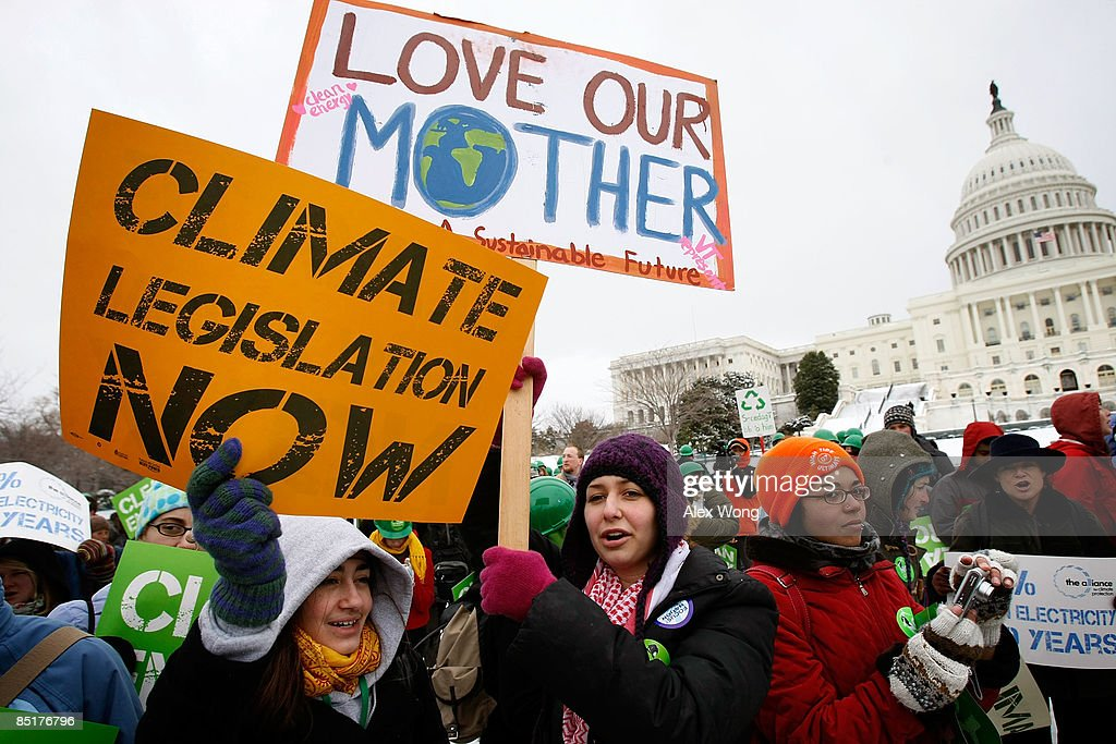 Youth Rally For Change In Energy, Climate And Economic Policy : News Photo