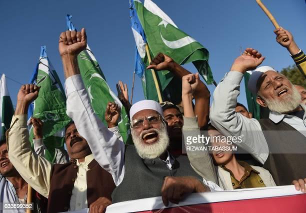 Activists of JamaateIslami Pakistan march to mark Kashmir Solidarity Day in Karachi on February 5 2017 Kashmir Solidarity Day is observed in Pakistan...
