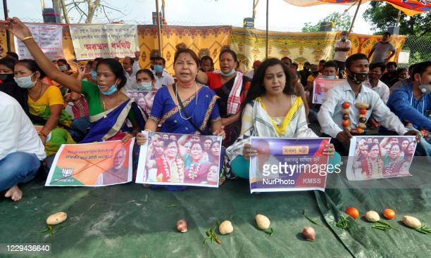 Activists of Krishak Mukti Sangram Samiti protest against the price hike of essential commodities in Guwahati, India on November 3, 2020.