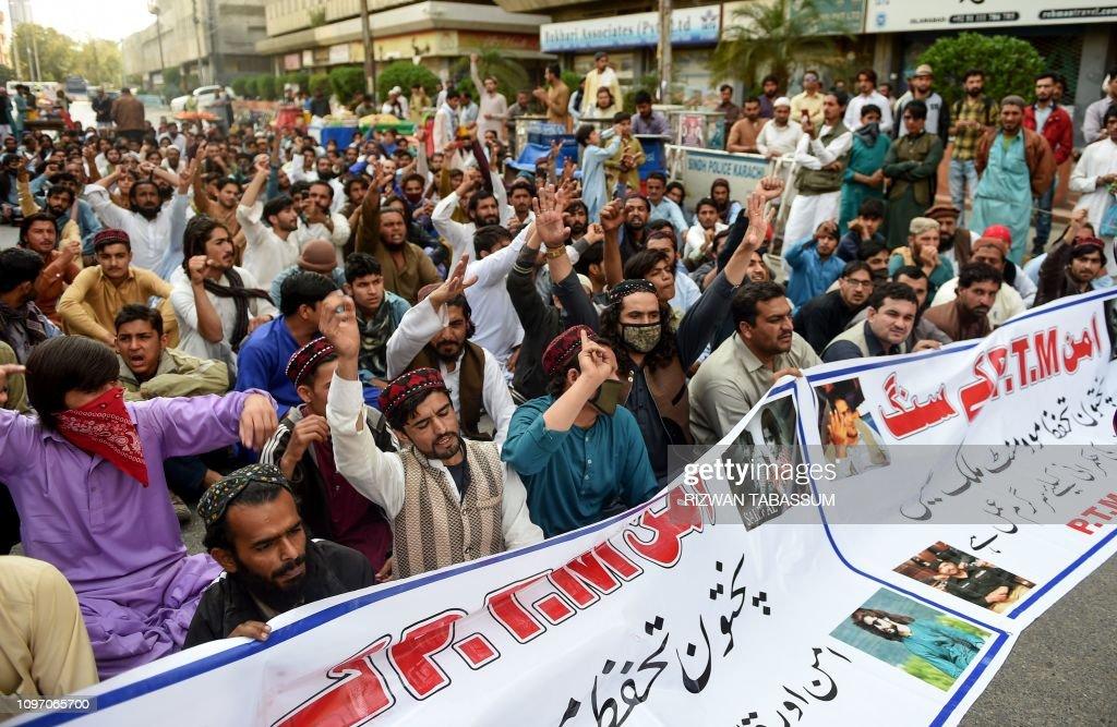 PAKISTAN-POLITICS-PROTEST : News Photo