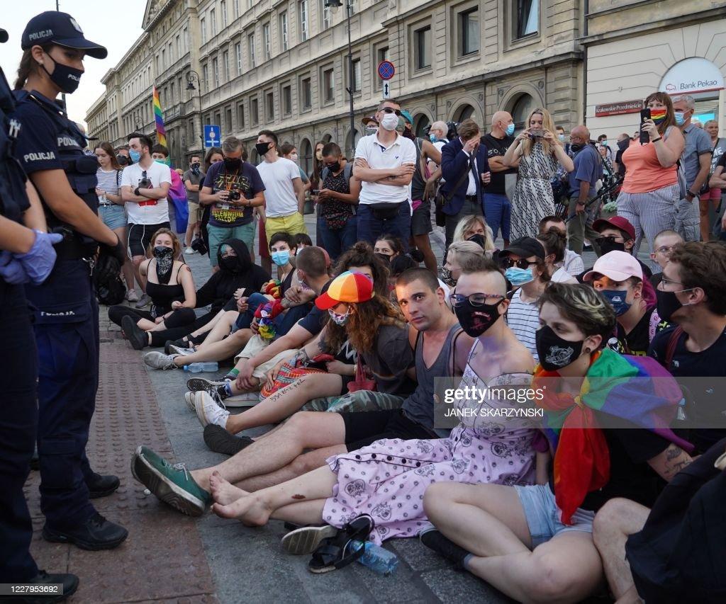 Poland-homosexuality-arrest-POLAND-HOMOSEXUALITY-ARREST-CRIME : News Photo