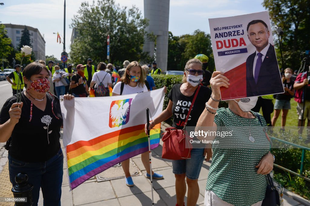 Protestors And Crowds At Poland's President Duda's Swearing In Ceremony : News Photo