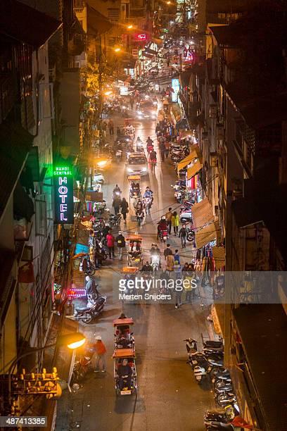 Activity on ?inh Li?t street at night
