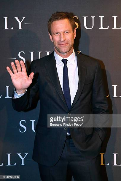 Actor Aaron Eckhart attends the 'Sully' Paris Photocall at Cinema UGC Normandie on November 18 2016 in Paris France