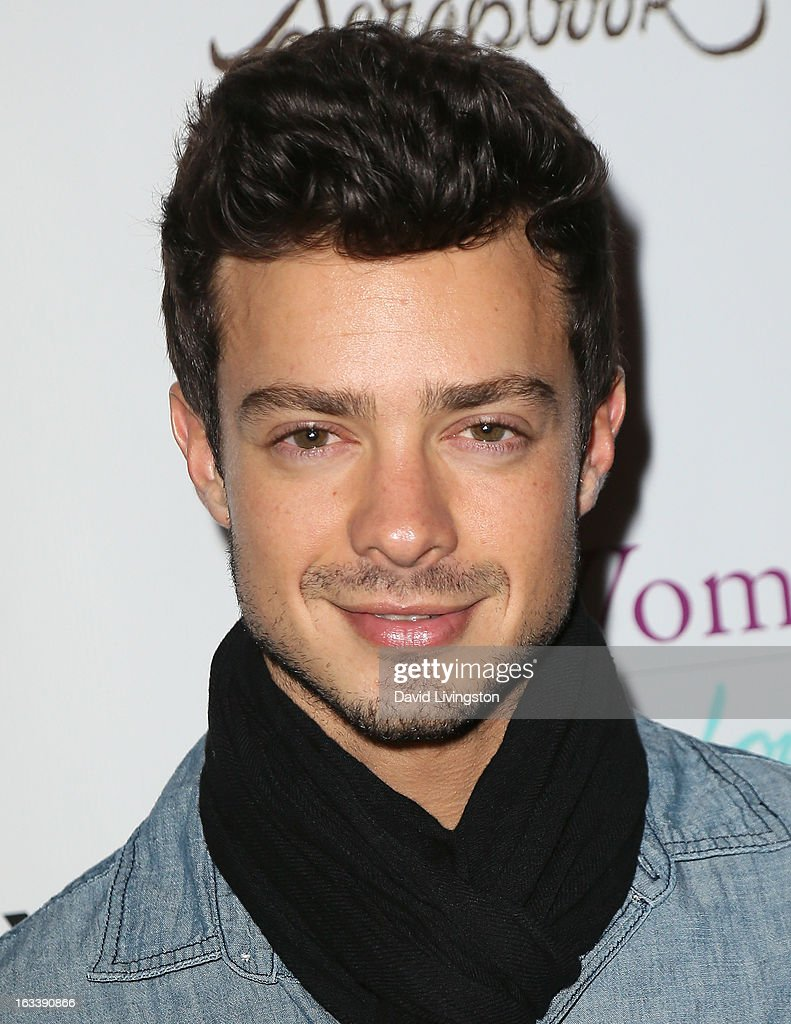 Actor Aaron Lee attends a Pre-LAFW benefit in support of the Women Like Us Foundation at Lexington Social House on March 8, 2013 in Hollywood, California.