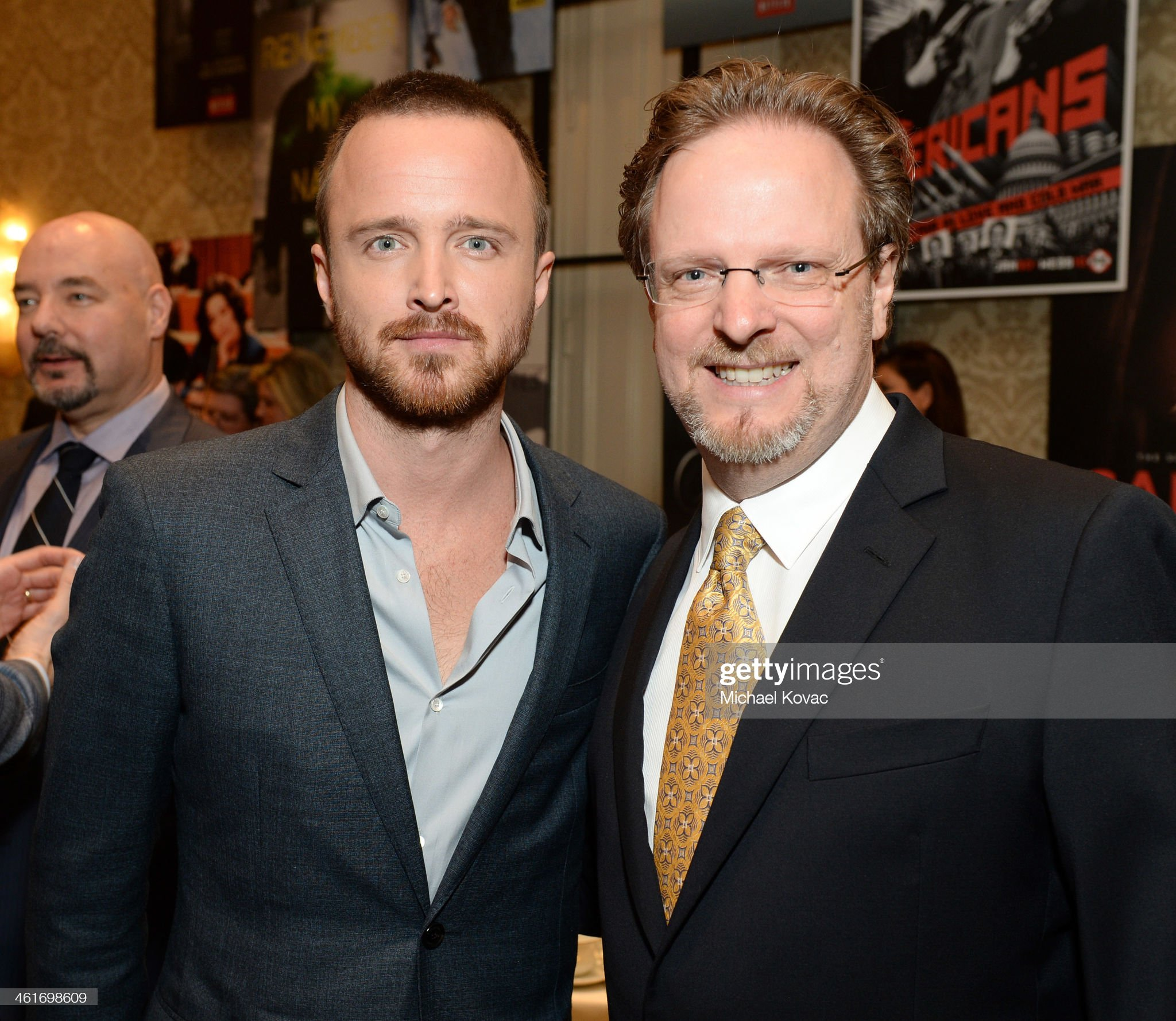 ¿Cuánto mide Aaron Paul? - Altura - Real height Actor-aaron-paul-and-president-and-ceo-of-the-american-film-institute-picture-id461698609?s=2048x2048