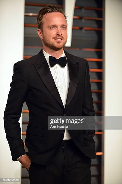 Actor Aaron Paul attends the 2015 Vanity Fair Oscar Party hosted by Graydon Carter at Wallis Annenberg Center for the Performing Arts on February 22...