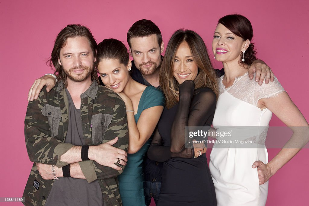 Cast of Nikita, TV Guide Magazine, Comic Con 2012 : ニュース写真