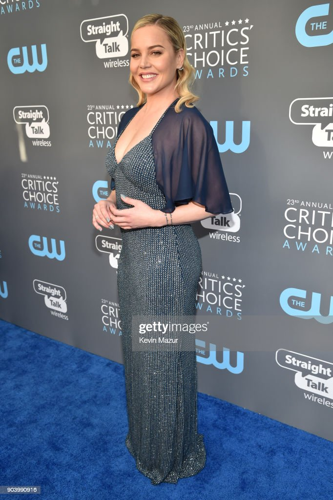Actor Abbie Cornish attends The 23rd Annual Critics' Choice Awards at Barker Hangar on January 11, 2018 in Santa Monica, California.