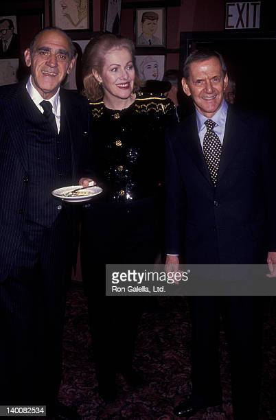 Actor Abe Vigoda actress Lynn Redgrave and actor Tony Randall attend the premiere party for 'The Master Builder' on March 10 1992 at Sardi's in New...