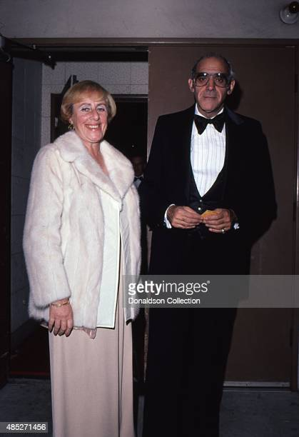 Actor Abe Vigoda and his wife Beatrice Schy attend an event in circa 1980 in Los Angeles California