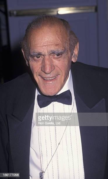 Actor Abe Vigoda attends Friar's Club Roast Honoring Hugh Hefner on September 29 2001 at the New York Hilton Hotel in New York City