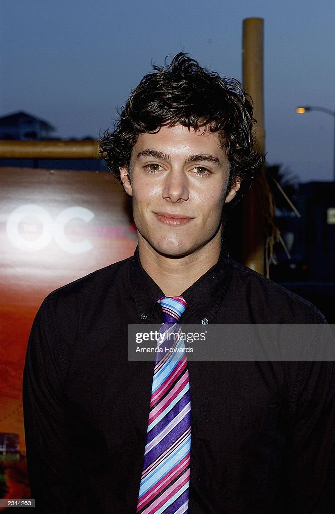 Adam Brody : News Photo