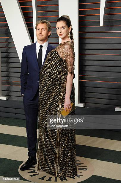 Actor Adam Shulman and actress Anne Hathaway attend the 2016 Vanity Fair Oscar Party hosted By Graydon Carter at Wallis Annenberg Center for the...