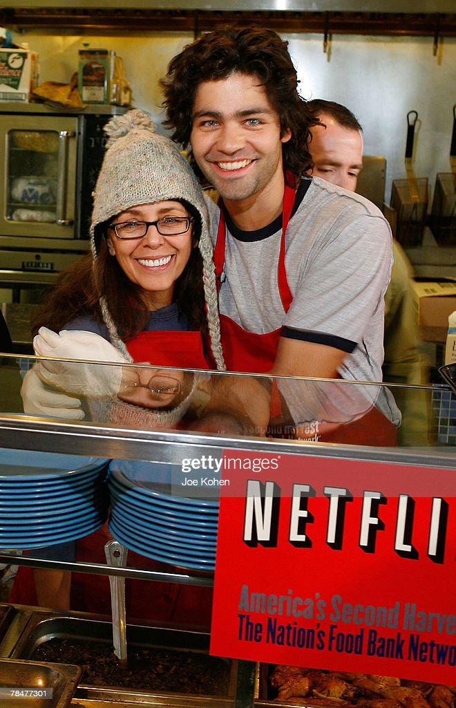 Actor Adrian Grenier And His Mother Karesse Volunteer At Neighbors Together Soup  Kitchen On December 14