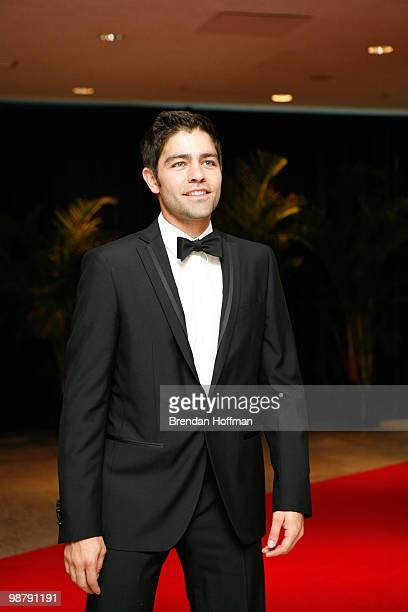 Actor Adrian Grenier arrives at the White House Correspondents' Association dinner on May 1 2010 in Washington DC The annual dinner featured comedian...