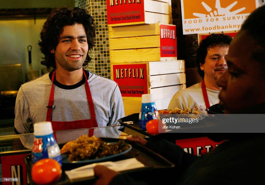Actor Adrian Grenier Volunteers At Neighbors Together Soup Kitchen On  December 14, 2007 In The
