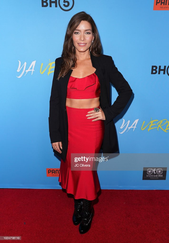 https://media.gettyimages.com/photos/actor-adriana-fonseca-attends-the-premiere-of-pantelion-films-ya-at-picture-id1024718110