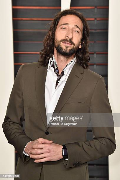 Actor Adrien Brody attends the 2016 Vanity Fair Oscar Party Hosted By Graydon Carter at the Wallis Annenberg Center for the Performing Arts on...