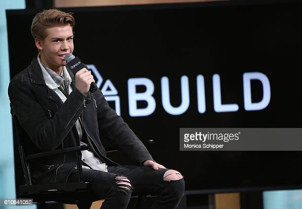 Actor Aidan Alexander speaks at The Build Series Presents Aidan Alexander Discussing The New Movie Cowgirl's Story at AOL HQ on September 27 2016 in...