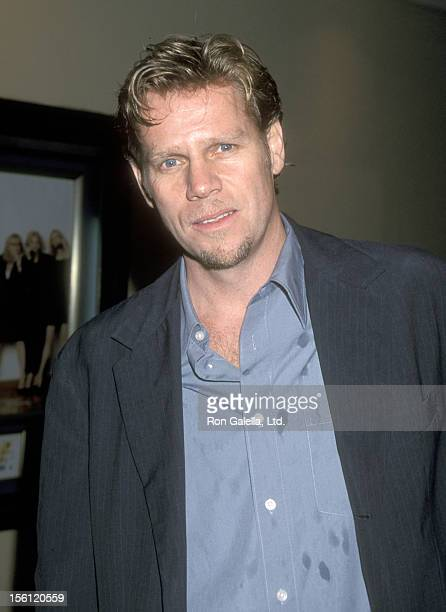 Actor Al Corley attends the 'Hanging Up' Westwood Premiere on February 16 2000 at Mann Bruin Theatre in Westwood California