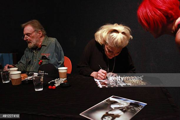 Actor Al Strobel who played on the TV series Twin Peaks the character Mike the 'onearmed man' and actress Sherilyn Fenn who played the character...
