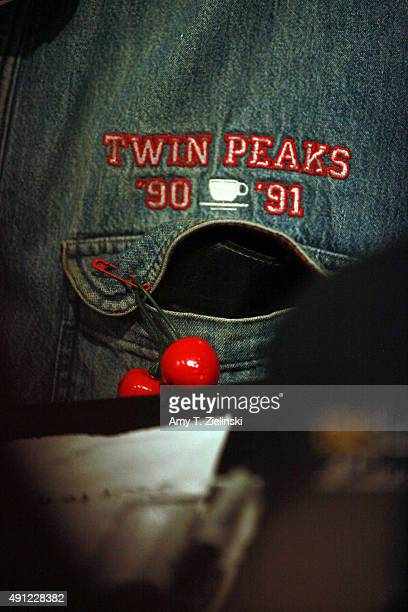 Actor Al Strobel who played on the TV series Twin Peaks the character Mike the Ôonearmed manÕ wears a branded shirt and cheeries while he signs...