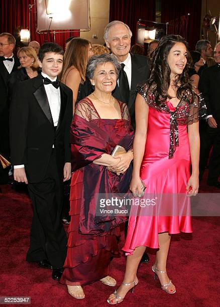 Actor Alan Alda and family arrives the 77th Annual Academy Awards at the Kodak Theater on February 27, 2005 in Hollywood, California.