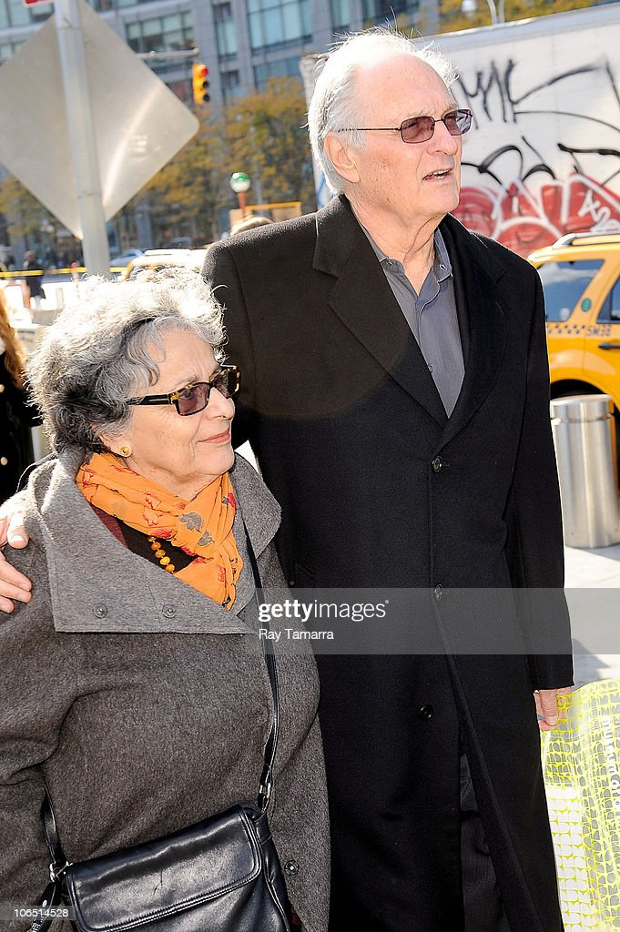 Celebrity Sightings In New York City - November 3, 2010 : News Photo