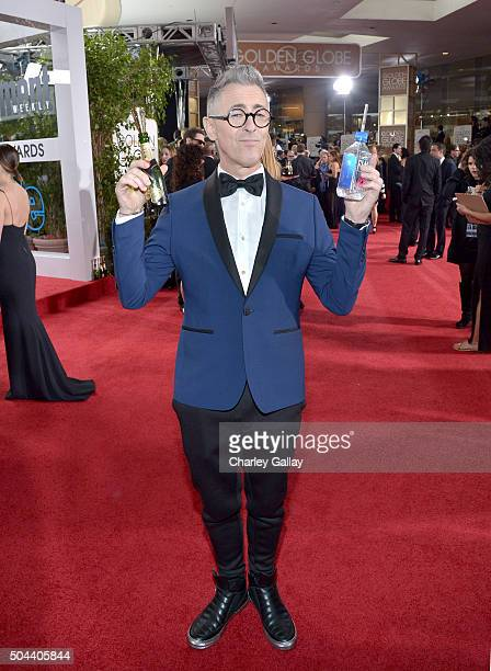 Actor Alan Cumming attends the 73rd annual Golden Globe Awards sponsored by FIJI Water at The Beverly Hilton Hotel on January 10 2016 in Beverly...