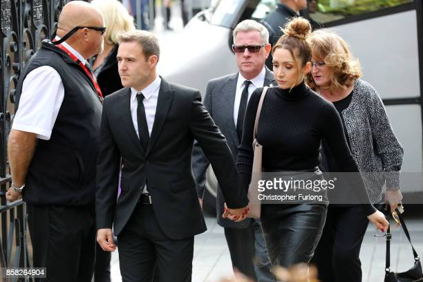 Actor Alan Halsall and wife LucyJo Hudson arrive at Salford Cathedral on October 6 2017 in Salford England Actress Liz Dawn who died aged 77 played...