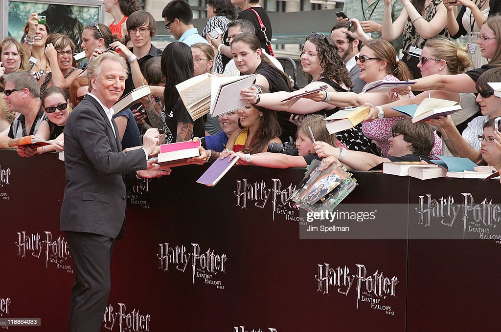 """""""Harry Potter And The Deathly Hallows - Part 2"""" New York Premiere - Outside Arrivals : News Photo"""