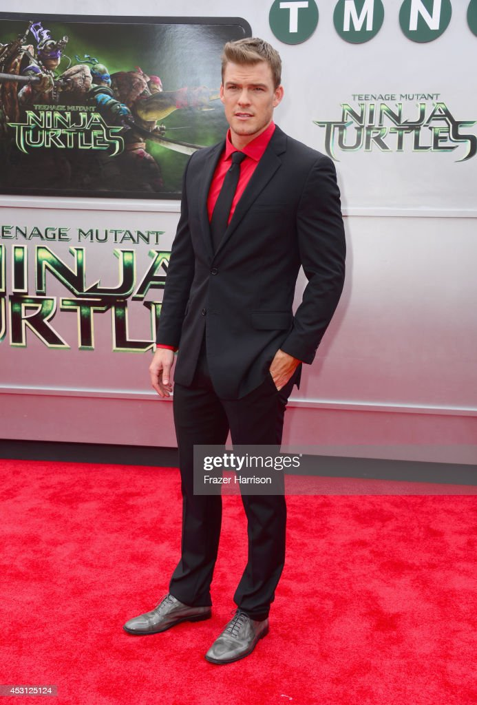 Actor Alan Ritchson attends Paramount Pictures' 'Teenage Mutant Ninja Turtles' premiere at Regency Village Theatre on August 3, 2014 in Westwood, California.