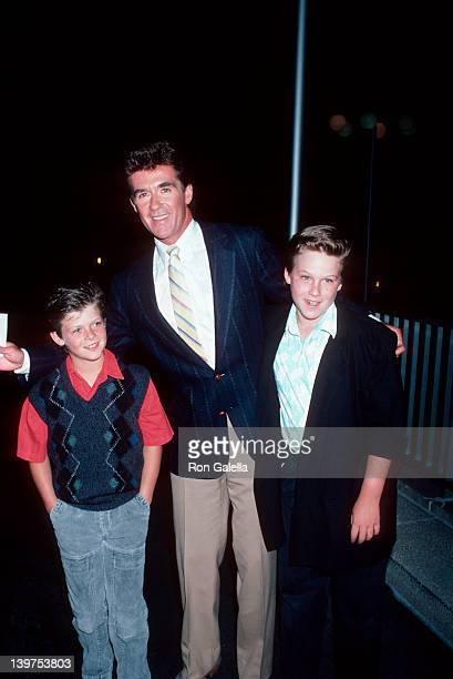 Actor Alan Thicke and sons Brennan Thicke and Robin Thicke attending ABC TV Affiliates Party on June 5 1986 at the Century Plaza Hotel in Century...