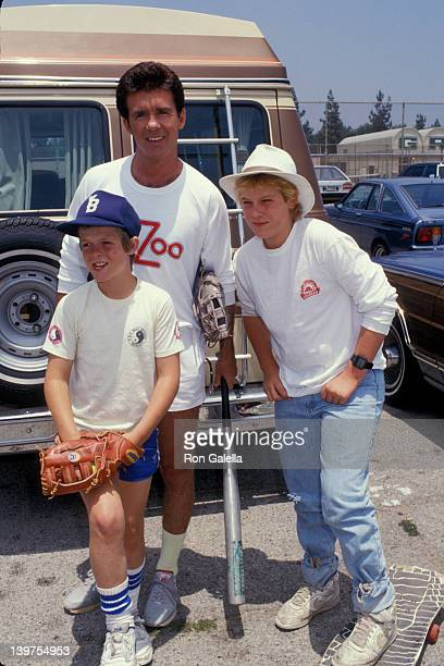Actor Alan Thicke and sons Brennan Thicke and Robin Thicke attending Benefit Softball Game for Team House on June 14 1987 at the Granada Hills High...