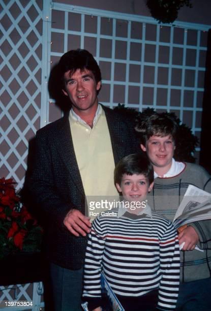 Actor Alan Thicke and sons Brennan Thicke and Robin Thicke being photographed on January 15 1986 at Bistro Restaurant in Beverly Hills California
