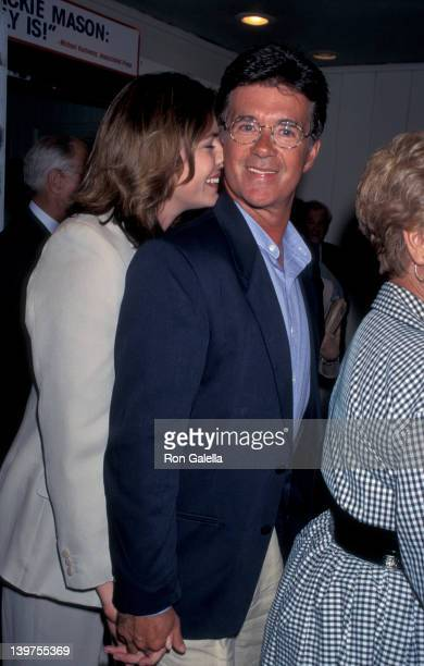 Actor Alan Thicke and wife Gina Tolleson attending the opening of Jackie MasonPolitically Incorrect on July 18 1995 at the Cannon Theater in Beverly...