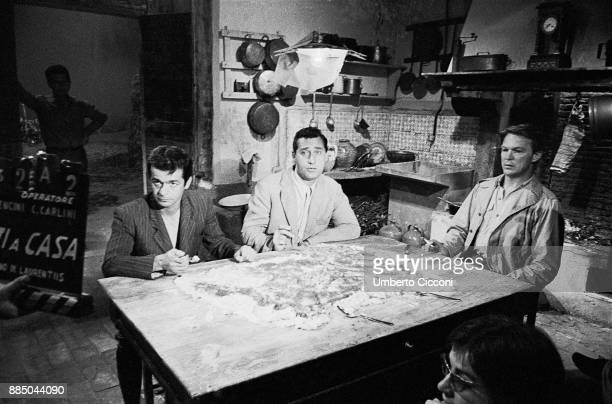 Actor Alberto Sordi during the shooting of 'Everybody Go Home', an Italian comedy-drama film directed by Luigi Comencini, Rome 1960.