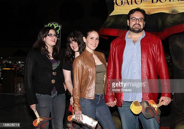 Actor Alejandro Calva and his family walk the red carpet for the 'Puss in Boots ' Mexico City premiere at the Cinemex Antara Polanco on November 15...