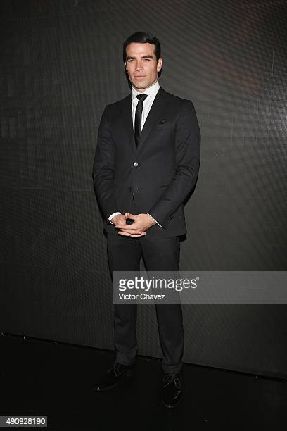Actor Alejandro Nones attends the Pasion y Poder press conference at Live Aqua Bosques on October 1 2015 in Mexico City Mexico