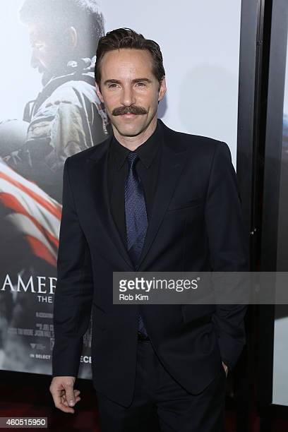 Actor Alessandro Nivola arrives at the American Sniper New York Premiere at Frederick P Rose Hall Jazz at Lincoln Center on December 15 2014 in New...