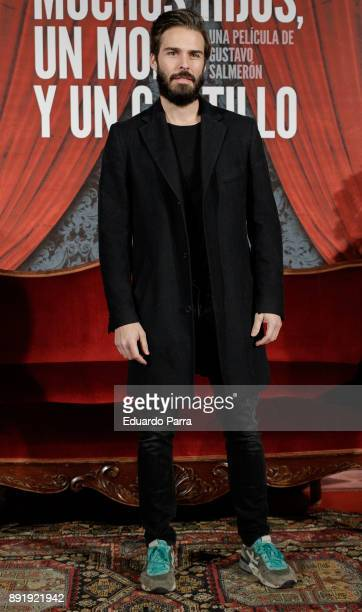 Actor Alex Barahona attends the ''Muchos Hijos Un Mono Y Un Castillo' premiere at Callao cinema on December 13 2017 in Madrid Spain