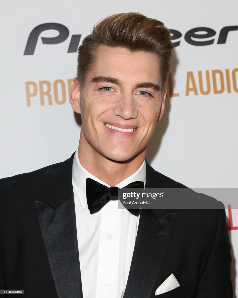 Gifting Your Spectrum Gala Benefiting Autism Speaks : News Photo