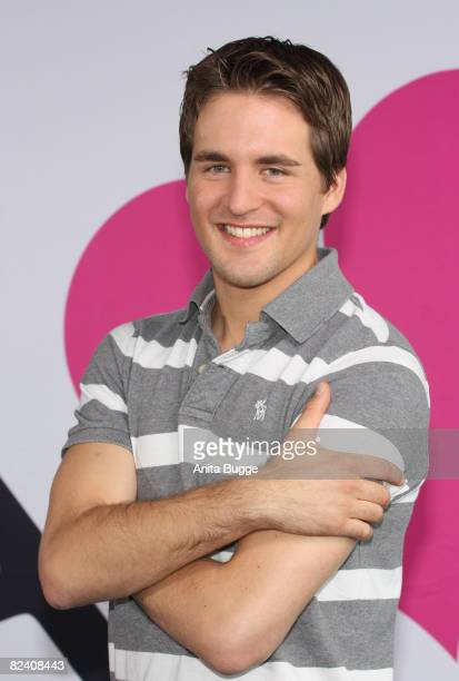 Actor Alexander Klaws attends a photocall to the new German television SAT1 telenovela 'Anna und die Liebe' on August 18 2008 in Berlin Germany